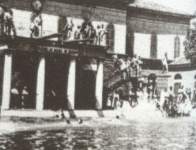 High Divers at Milan